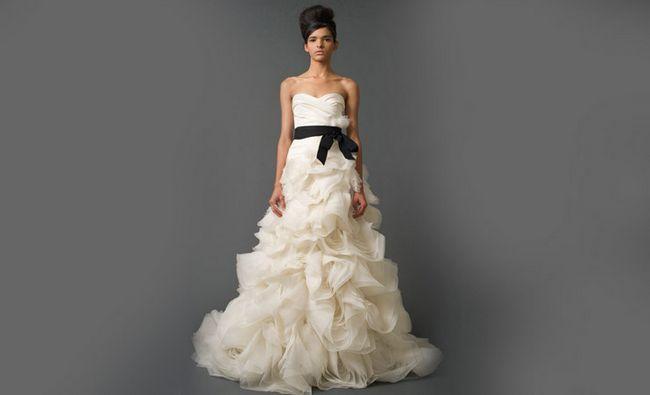 Fotografía - 10 vestidos de novia atractiva por Espectacular ceremonia de boda