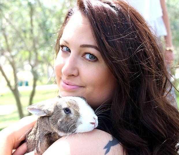 Fotografía - #BeCrueltyFree Llamadas para Bunny Fotos para destacar Cosméticos Pruebas en el Día Internacional de conejo!