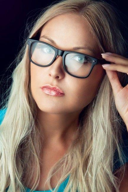 Fotografía - Cómo elegir un par de gafas para su forma de la cara